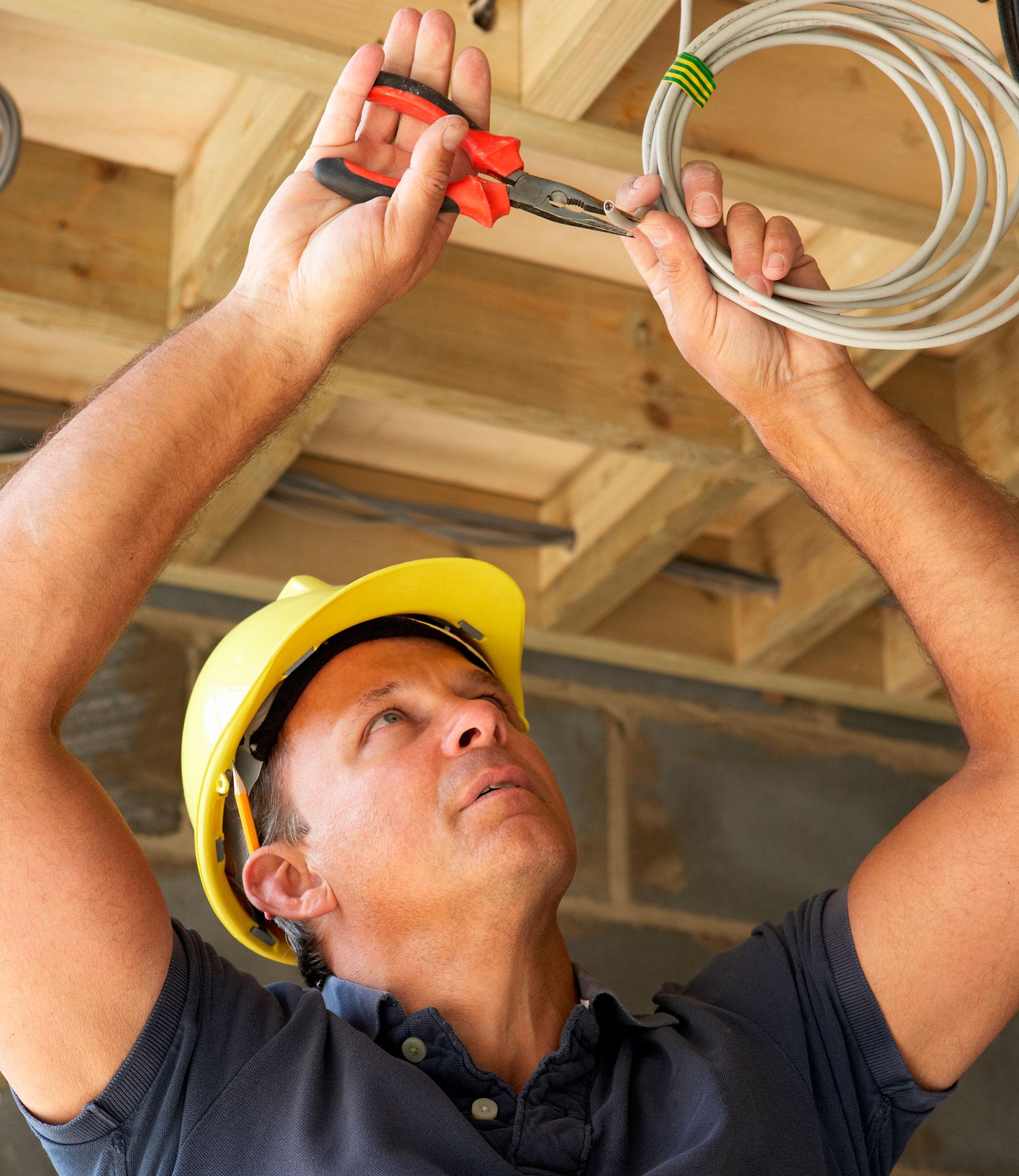 Signs that Your House Needs Rewiring - A.Z. Électrique